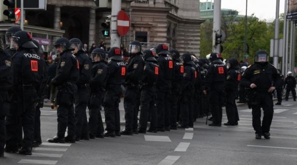 4.300 Yeni Polis Memuru: Viyana dörtte birinden fazlasını istiyor